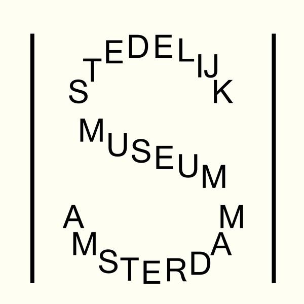"""Zoe Ting: """"單一S的logotype也很亂來,但他的指標設計跟網站完全不會突兀~應用的很厲害!(應用Helvetica到一個極致) Design by Mevis & Van Deursen"""" on DIITU Communities """"Typography"""". From https://communities.diitu.com/post/-145388391390588"""