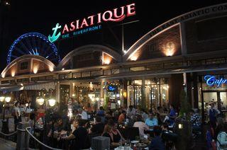 曼谷超好逛的碼頭夜市-推薦必買特輯
