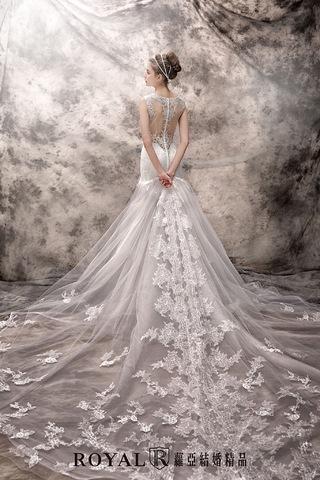 BEST wedding dress ever!