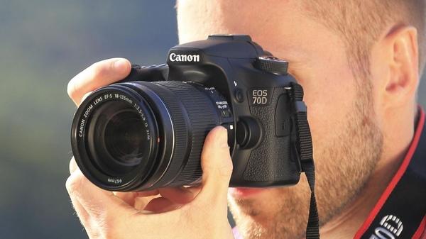 """Bradley Su on DIITU Communities """"Canon (D)SLR Fans"""". From https://communities.diitu.com/post/%E4%BB%8A%E5%B9%B4%E6%9C%80%E6%8A%B5%E8%B2%B7%E5%96%AE%E5%8F%8D-146460048681392"""
