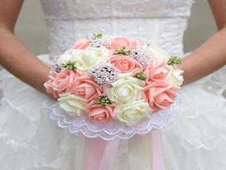 精緻新娘捧花(仿真玫瑰)