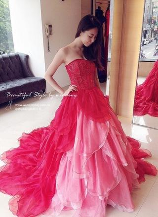 花朵綻放!春意漸層粉彩紅婚紗